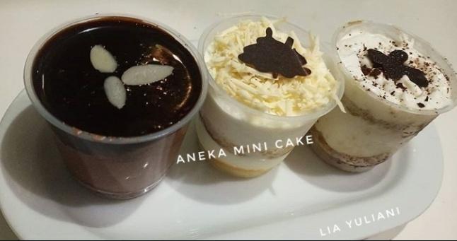 Aneka mini cake
