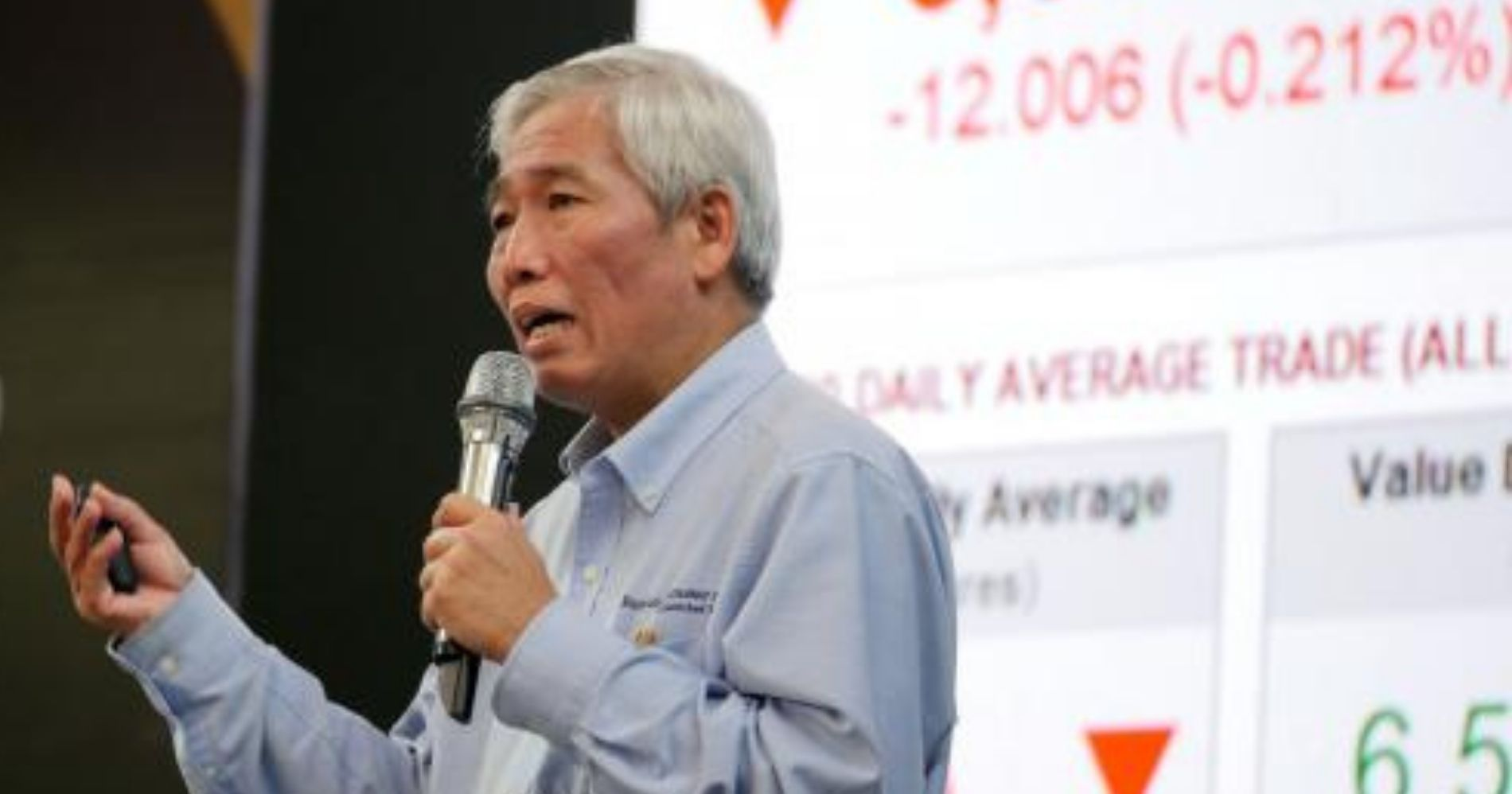 Lo Kheng Hong memaparkan materinya pada acara Mega Talkshow Investasi 2020 - Image: Bisnis-Rachman