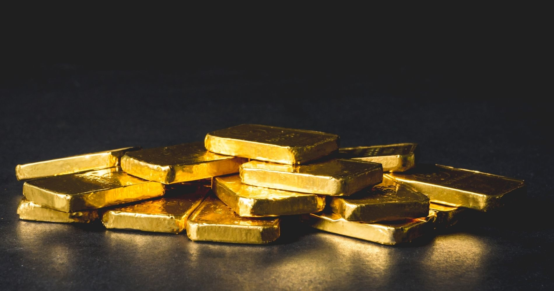 Gold - Canva