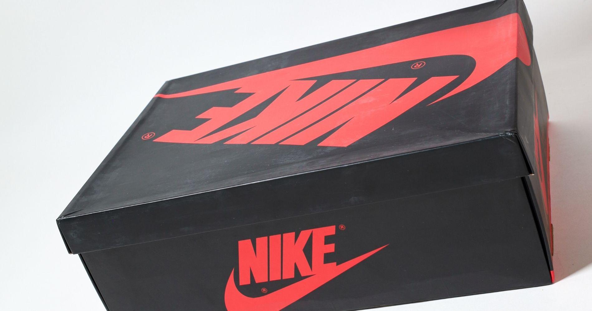 Nike Illustration - Canva