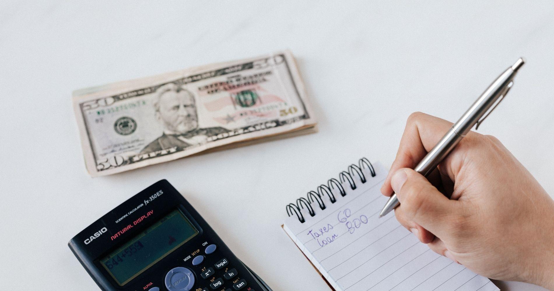 Financial Barriers Illustration Web Bisnis Muda - Canva