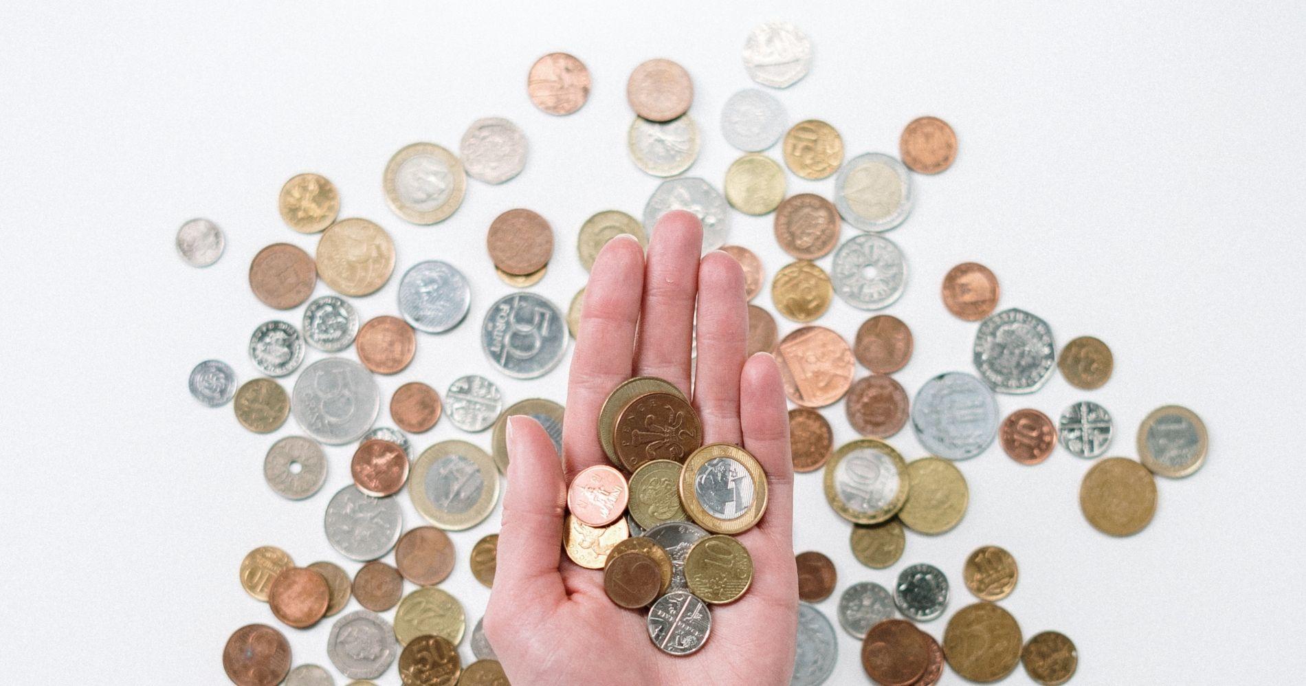 Apa Itu Expense ratio dalam Reksa Dana Illustration Bisnis Muda - Image: Canva